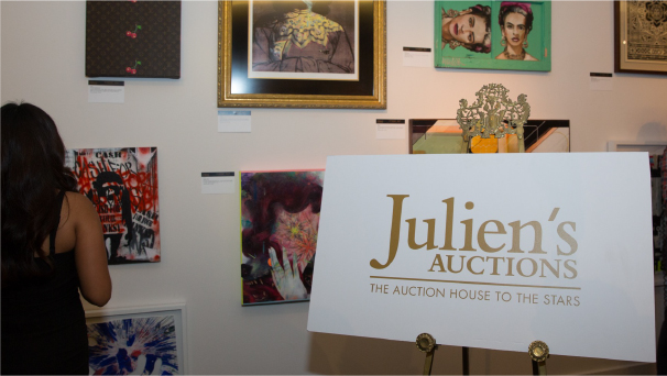 Julien's Auction Sign